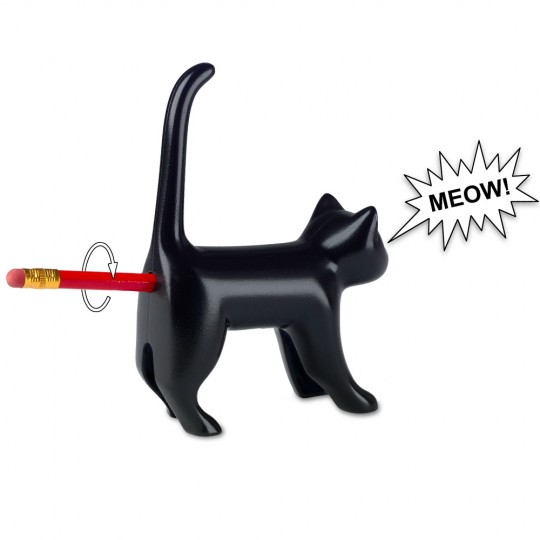 Chat taille-crayon noir